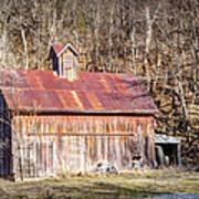Barn By The Bluffs Art Print