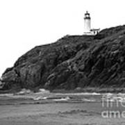 Beach View Of North Head Lighthouse Art Print by Robert Bales