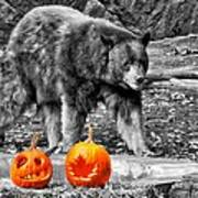 Bear And Pumpkins Too Art Print