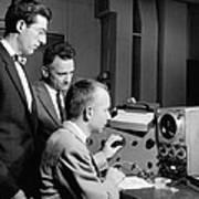 Bell Lab Scientists At Work Art Print