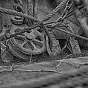 Black And White Pulley Art Print