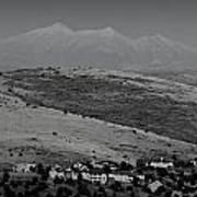 Black And White San Francisco Peaks Over Glassford Hill Art Print