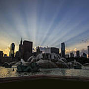 Buckingham Fountain With Rays Of Sunlight Art Print