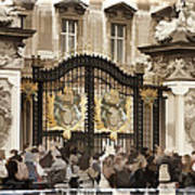 Buckingham Palace Gates Art Print