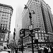 Busy Traffic Junction Of West 34th Street St And Broadway With Empire State Building Shrouded Mist Art Print