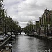 Canal Behind Oude Kerk In Amsterdam Art Print