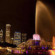Chicago Fountain At Night Art Print