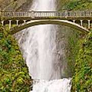 Close Up View Of Multnomah Falls In The Columbia River Gorge Of Oregon Art Print