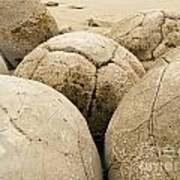 Closeup Of Famous Spherical Moeraki Boulders Nz Art Print