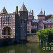 De Haar Castle And Moat Art Print