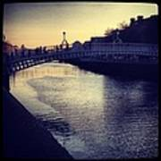 Dusk Haypenny Bridge Dublin Art Print by Maeve O Connell