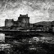 Eilean Donan Castle In Scotland Bw Art Print