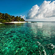 Emerald Purity. Kuramathi Resort. Maldives Art Print