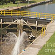 Erie Canal Lock Art Print