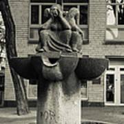 Fish Fountain Cologne Art Print