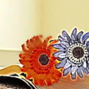 Flowerecent Art Print