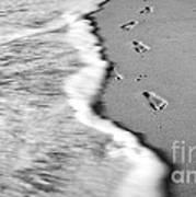 Footprints In The Sand Bw Art Print