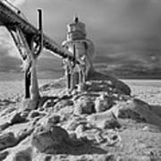 Frozen Grand Haven Lighthouse Black And White Art Print