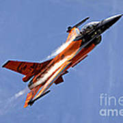 General Dynamics F-16am Fighting Falcon Art Print