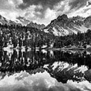 Gilbert Lake And University Peak Art Print