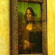 Glance At Mona Lisa Art Print