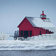 Grand Haven Lighthouse Encased In Ice Art Print
