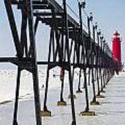 Grand Haven Lighthouse Pier In Winter Art Print
