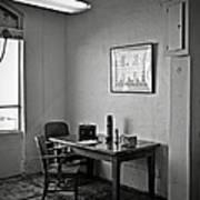 Guard Dining Area In Alcatraz Prison Art Print