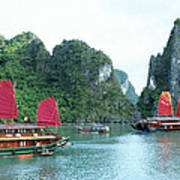 Halong Bay Sails 04 Art Print