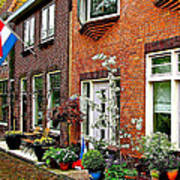 Homes Along The Canal In Enkhuizen-netherlands Art Print