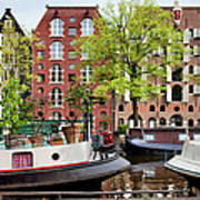 Houseboats And Houses On Brouwersgracht Canal In Amsterdam Art Print