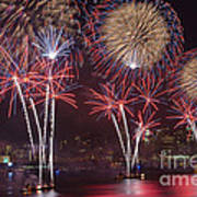 Hudson River Fireworks Viii Art Print by Clarence Holmes