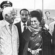 Indira Gandhi At Jfk Airport Art Print