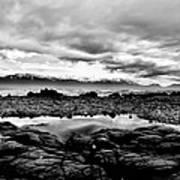 Kaikoura Coast New Zealand In Black And White Art Print