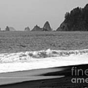 La Push Beach Black And White Art Print