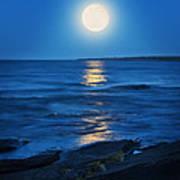 Lake Superior Moonrise Art Print