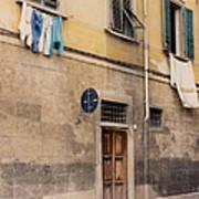 Laundry Day In Verona Art Print