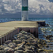 Lighthead At The End Of The Pier In Pentwater Michigan Art Print