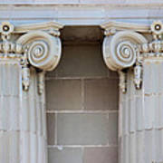 Lincoln County Courthouse Columns Art Print