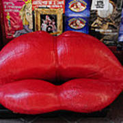 Lips Couch Art Print