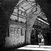 Lunchtime At Chelsea Market Art Print by Rona Black