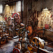 Machinist - A Room Full Of Memories  Print by Mike Savad