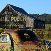 Mail Pouch Barn And Old Cars Art Print