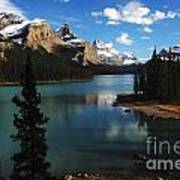 Maligne Lake Beauty Of The Canadian Rocky Mountains Art Print