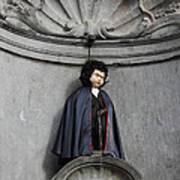 Manneken Pis In Brussels Dressed As Dracula Print by Kiril Stanchev
