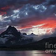 Many Glacier Sunset Art Print