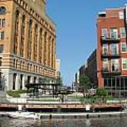Milwaukee River Architecture 5 Art Print