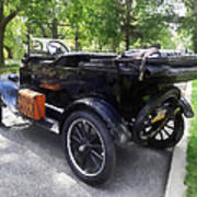 Model T With Luggage Rack Art Print