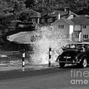Morris Minor And The Wave Art Print
