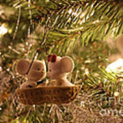 Mousie Love In A Tree Art Print